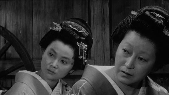 Le souci du détail va jusque dans la ressemblance entre la mère et sa fille.
