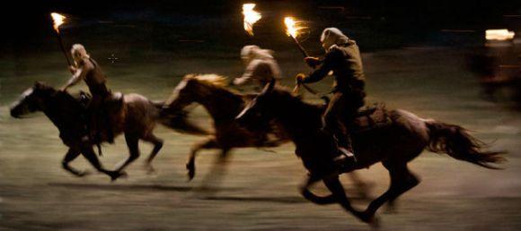 Certaines scènes prêtent à sourire, au détriment de l'intensité du scénario.