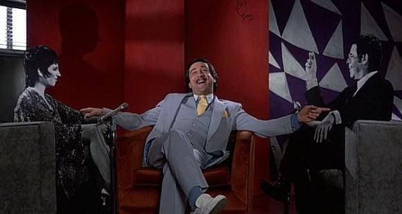 Rares sont les personnes à avoir réussi à exploiter pleinement l'aspect comique de Robert De Niro.