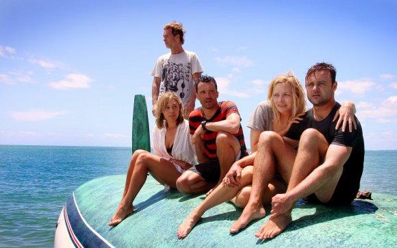 Assis et Debout sont sur un bateau. Assis tombent à l'eau: qui reste-t-il ?