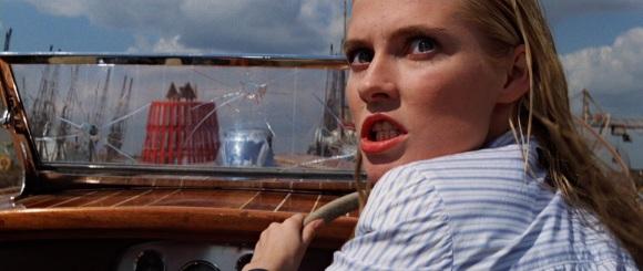 Venise, course de bateaux, femme fatale: on se croirait vraiment dans les aventures de 007 !