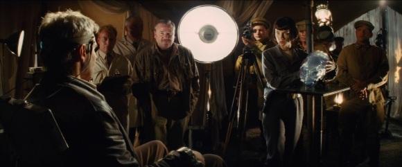 Des scènes du making-of sont même intégrées au film. Ah, on me dit que les fonds bleus, c'est normal...