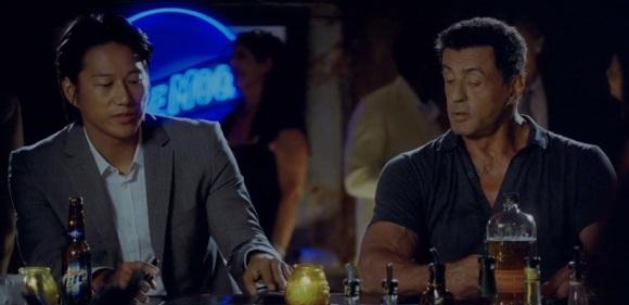 Sous exploité, le sidecick de Stallone permet à ce dernier d'être à la fois touchant et drôle.