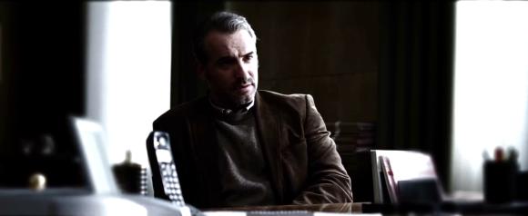 Jean Dujardin prouve encore une fois qu'il est l'un des meilleurs acteurs français en activité.